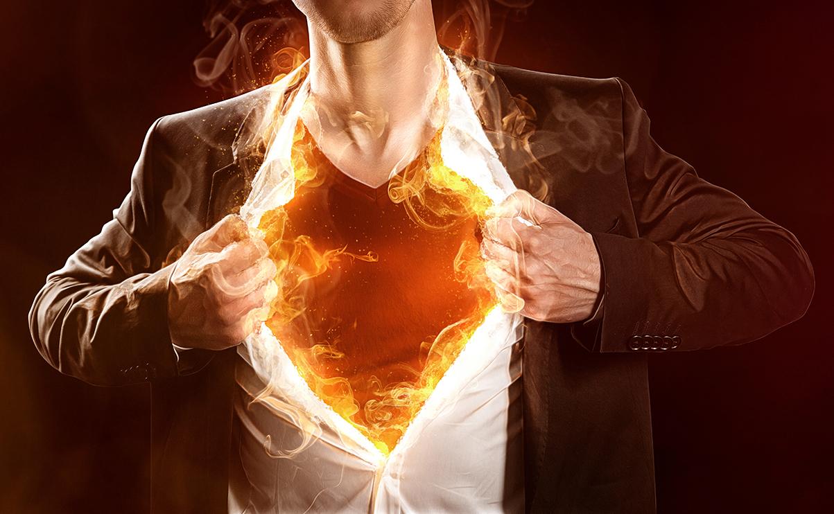 Mann mit brennender Brust.